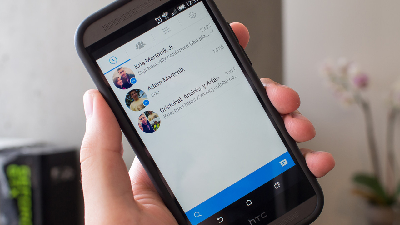 Facebook com Messenger integrado